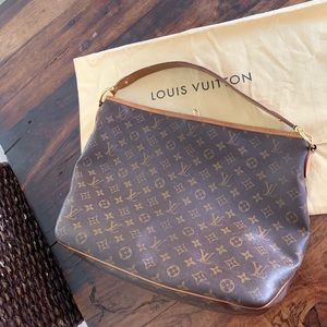 Louis Vuitton / Delightful MM / Authentic
